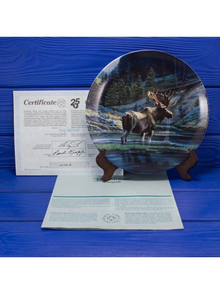 "Тарелка №649 D с сертификатом и брошюрой ""The Moose"" (Лось) коллекции Wild and Free Canadas Big Game от Dominion China LTD"