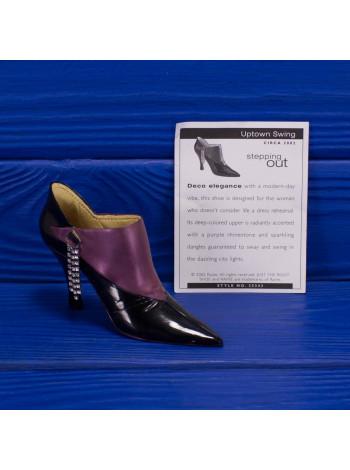 Туфелька Uptown Swing 2002 года из популярной коллекции Just The Right Shoe