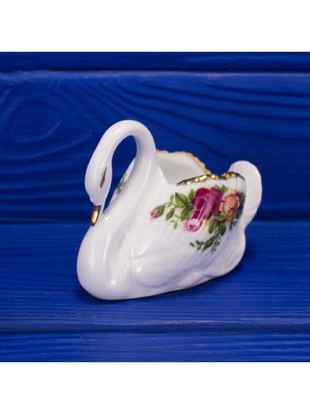 Винтажная фарфоровая фигурка лебедя дизайна Old Country Roses от Royal Albert