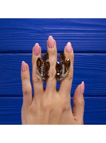 Великолепные винтажные клипы с кристаллами разных форм и глубины оттенков, имитирующих коньячные бриллианты
