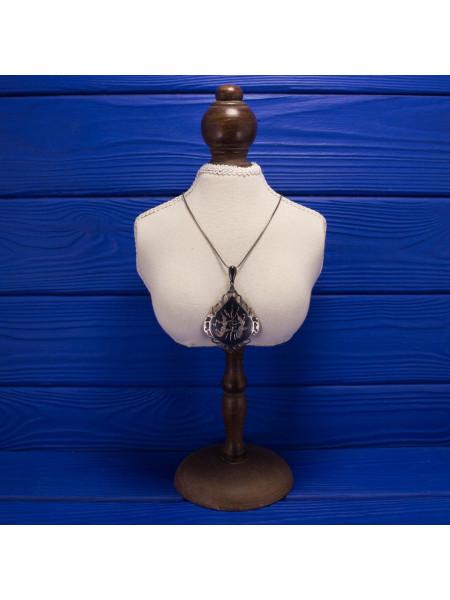 Роскошная винтажная подвеска из сиамского серебра и изображением персонажей Рамаяны, древнеиндийского эпоса на санскрите. 1950-60 годы