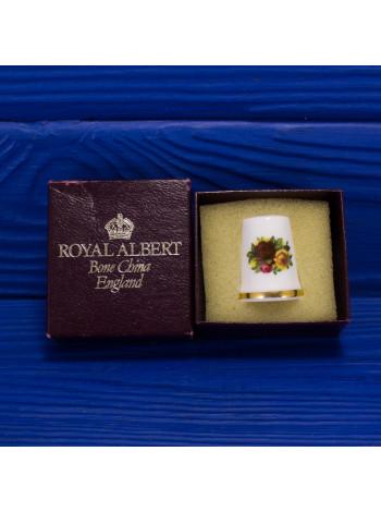 Коллекционный винтажный фарфоровый наперсток дизайна Old Country Roses от Royal Albert в оригинальной коробочке