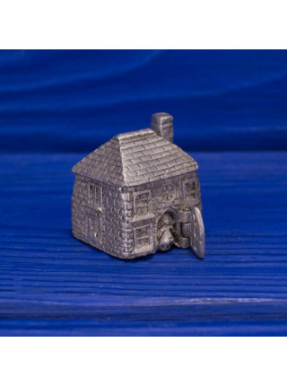 Коллекционный металлический наперсток в виде двухэтажного домика с трубой. Дверца открывается