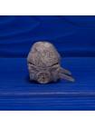 Редкий коллекционный наперсток в форме телеги со стогом сена, сняв который можно увидеть спящего человека, из коллекционной серии The Surprise Collection от Thimble Collectors Club