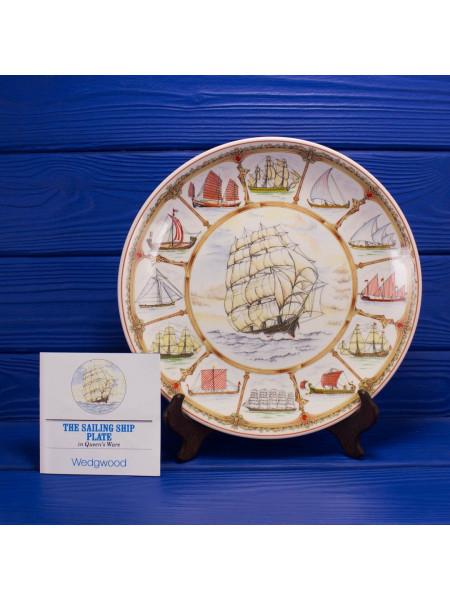 """Коллекционная тарелка от Wedgwood """"The History of Sailing"""" с историей мореплавания и кораблями различных стран"""