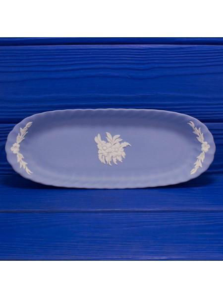 Редкая коллекционная тарелка Wedgwood овальной формы